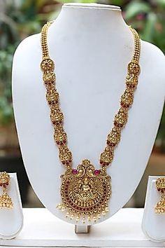 5bec91dee4 Craftsvilla Beautiful Golden Long Maroon Necklace Set Necklace Set, Gold  Necklace, Gold Pendant Necklace