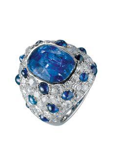 Sapphire ring, shown in Suzanne Belperron.