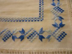 Dalva Aparecida Embroidery Stitches, Embroidery Patterns, Hand Embroidery, Cross Stitch Material, Straight Stitch, Needle And Thread, Diy And Crafts, Sewing, Crochet
