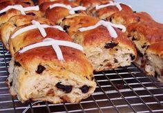 GF Hot Cross Buns == Free Range Cookies