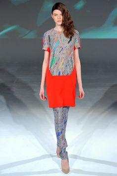 Chalayan Fall 2012 Ready-to-Wear Fashion Show - Carla Gebhart–