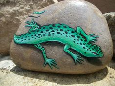 Lizard Painting on River Rock by Karin by WhiteDoveTreasures
