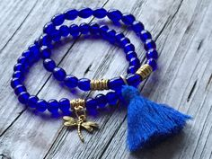 Woman bracelet, Blue bracelet, Tassel bracelet, Stretch bracelet, Stacking bracelet, Woman jewlery, Woman gift idea, dragonfly bracelet door KennlyDesign op Etsy