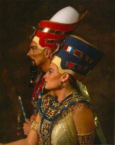 Nefertiti et Akhenaton