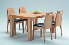 Isku - Luoto-ruokapöytä sekä Niemi-tuolit  #habitare2015 #design #sisustus #messut #helsinki #messukeskus #finnishdesign