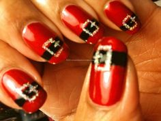 I think it would be cute to just do the ring fingernail with the design and the rest just painted red. #lulusholiday