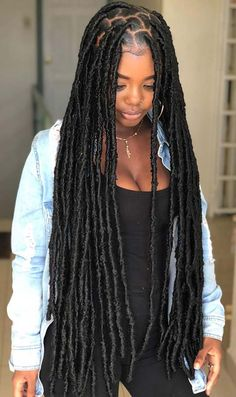 25 Popular Black Hairstyles We're Loving Right Now Need some new hair ideas? Always like to keep track of the hair trends and like t… - New Sites Faux Locs Hairstyles, My Hairstyle, Protective Hairstyles, Ponytail Hairstyles, Girl Hairstyles, Protective Styles, Hairstyle Ideas, Black Women Hairstyles, Pretty Hairstyles
