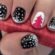 Christmas Tree Nail Art, Cute Christmas Nails, Holiday Nail Art, Xmas Nails, Snow Nails, Pink Christmas, Simple Christmas, Winter Christmas, Christmas Colors
