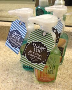 Hand Soap Gift - Thank you for lending a helping hand & Hands down you're the best around Volunteer Appreciation Gifts, Volunteer Gifts, Teacher Appreciation Week, Teacher Gifts, Employee Appreciation, Client Gifts, Thanksgiving Gifts, Homemade Gifts, Diy Gifts