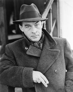 "Erich Maria Remarque was an author famous for writing the book ""All Quiet on The Western Front."" He himself served for the German Army during the First World War. Writers And Poets, Johann Wolfgang Von Goethe, Hermann Hesse, Book Writer, Pablo Neruda, Carl Jung, Rare Photos, Martin Luther, Grimm"
