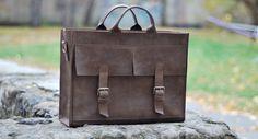 Genuine leather bag. Model B004. 100% Hand-made.