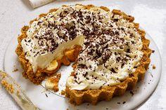 Banoffee pie, sliced, close-up Banoffee Pie, Cheesecake Caramel, Tarte Caramel, Caramel Tart, Pie Recipes, Dessert Recipes, Dessert Food, Caramel Treats, Desserts Caramel