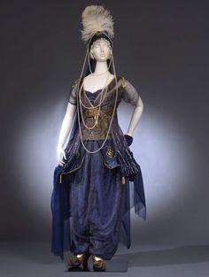 Fancy dress, 1911From the Galleria del Costume di Palazzo Pitti...