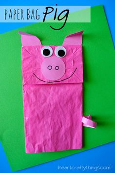 Adorable Paper Bag Kid Craft that can be used for pretend play and can be coupled with your favorite children's books with pig characters. iheartcraftythings.com