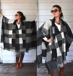 Vintage Oversized Poncho Cape Warm Wool Ethnic by LaDeaDeiSogni