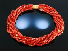 Gallant Coral Necklace! Korallen Kette 8 reihig feinste Sardegna Koralle Silber vergoldet