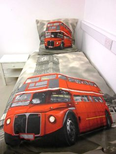 Herding Young Collection London Bus Single Duvet Cover and Large Square Pillowcase