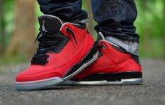 """justjordans: """"Jump to Just Jordans and Submit pics of your kicks http://ahsifsheikh.tumblr.com """""""
