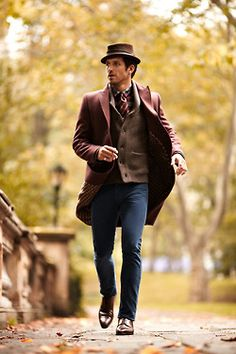 Style Homme. Men, well dressed. Mix and Fit/Cut Master! #Mens #Style #Homme #Dapper #Fall #Layers #OverCoat #Cardigan #Hat