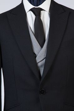 The Morning Coat — De Oost Bespoke Tailoring