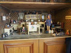 Alte große Puppenküche mit ganz viel Zubehör in Antiquitäten & Kunst, Antikspielzeug, Puppen & Zubehör | eBay!