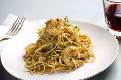 Spaghetti With Shrimp and Pesto - The Washington Post