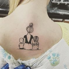 17 amazing tattoos design for moms – – # tattoo ideas # tattoos # all - tatoo feminina Tattoo Mama, Mommy Tattoos, Baby Tattoos, Family Tattoos, Tattoos For Kids, Sister Tattoos, Mini Tattoos, Trendy Tattoos, New Tattoos