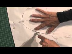 ▶ Pattern Making: Long Bell Sleeve Preview - YouTube Sewing Hacks, Sewing Crafts, Sewing Projects, Pattern Cutting, Pattern Making, Sewing Sleeves, Pattern Design, Sew Pattern, Felting Tutorials
