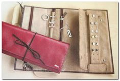 How To Organize Jewelry For Travel