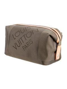 d766728ba981 Damier Geant Albatros Toiletry Bag. Toiletry Bag
