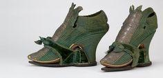 "A classic Georgian shoe in deep green - wide metallic lace, ""Van Dyck"" fringed tongue, elegant covered heel, matching clog. English, 1710-1730 @BataShoe Museum"