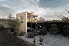 tischlerei sommer vogelhaus aus holz farbig lasiert. Black Bedroom Furniture Sets. Home Design Ideas