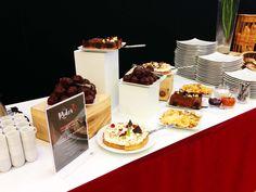 Buffet des desserts au restaurant Le Rider, pour le Jumping International de Bordeaux