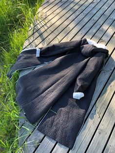 BELIEVE by tuula rossi - one of my favorite jackets! Claudia Black, long, light, sidezippers for slits! Summer is still there!☀️ summer jacket coat light design cottage lifestyle allyear must shop finnish nature forest helsinki pop up favourite play enjoy Claudia Black, Summer Jacket, Look Chic, Jacket Style, Looking For Women, Perfect Fit, Jackets For Women, Feminine, Cottage