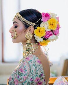 (C) Delhi Velvet   Floral bridal hairstyle for Indian Brides   Bridal Bun hairstyle   #wittyvows #bridesofwittyvows #floralbun #bunhairstyle #bridalhairdo #indianbride #Indianwedding Bridal Hair Buns, Bridal Hairdo, Bridal Hairstyles, Lehenga Hairstyles, Bridal Photoshoot, Trending Hairstyles, Indian Hairstyles, Hairdos, Bun Hairstyles