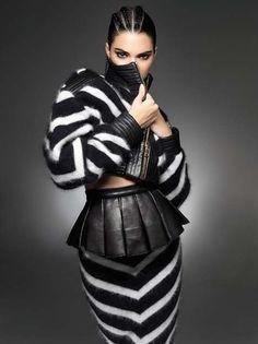 #kendalljenner  Jenner looks smokin' in Balmain