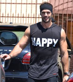 Yo William Levy, how you doing? William Levi, Sick Boy, Wonder Man, Moves Like Jagger, Latino Men, Shirtless Men, Male Form, Muscle Men, Sport