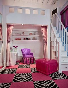 Love the room, but i dont like pink or purple so maybe that in blue and green is how i would set mine up.