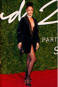 Rihanna in Stella McCartney at British Fashion Awards 2014 |