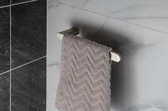 FLORI držák ručníků otevřený, nikl : SAPHO E-shop Bathroom Accessories, Bathroom Hooks, Flora, Towel, Retro, Shopping, Bamboo, Bathroom Fixtures, Plants