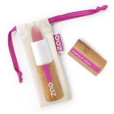 Rouge à lèvres Soft Touch Rose Poudré ZAO pour un fini mat et intense. Facile à appliquer sa texture est ultra confortable. Maquillage écologique et biologique certifié par ECOCERT, Vegan,Cosmebio et Cruelty free.