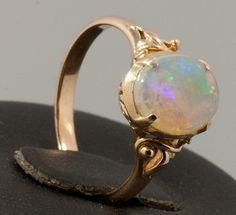 Handmade gold ring with precious slovakia opal.