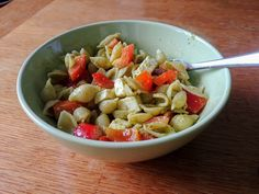 This is one of my favourite summer recipes. This is an awesome, quick, easy recipe that is very customizable. At the base it consists of only 4 ingredients but you can also add more things to it if you want to change it up. Pesto Pasta Salad, 4 Ingredients, Summer Recipes, Easy Meals, Base, Change, Canning, Awesome, Ethnic Recipes