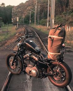 Harley Davidson News – Harley Davidson Bike Pics Harley Davidson Sportster, Harley Davidson Custom, Harley Davidson Chopper, Custom Sportster, Sportster 883, Custom Bobber, Triumph Motorcycles, Vintage Motorcycles, Custom Motorcycles