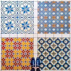 """Rappelez-vous, il y a quelques mois nous vous présentions le travail du photographe allemand Sebastian Erras à travers sa série """"Barcelona Floors"""" (pour re"""