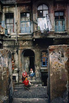 Istanbul in the 1960s & 1970s. Photographs by Ara Güler