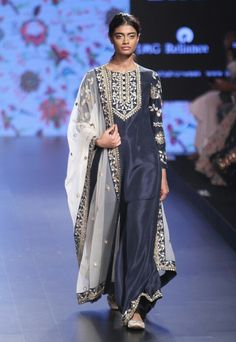 Payal Singhal LFW Summer/Resort 2016