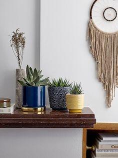 Terri Planter with Saucer – Interior Jungle Small Furniture, Furniture Design, Grand Vase En Verre, Vase Deco, Scandi Home, Vase Design, Home And Deco, Decoration Table, Color Of The Year