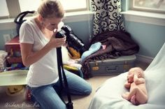 Behind the Scenes Tips and Tricks for a Newborn Photo Shoot