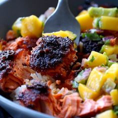 Recipes Snacks Videos BBQ Salmon Bowls with Mango Avocado Salsa! An easy and impressive dinner with yummy smoky-sweet flavor and a zip of zesty homemade salsa to take it over the top. The BEST weeknight dinner. Salmon Recipes, Fish Recipes, Seafood Recipes, Gourmet Recipes, Vegetarian Recipes, Cooking Recipes, Healthy Recipes, Healthy Drinks, Vegetarian Kids